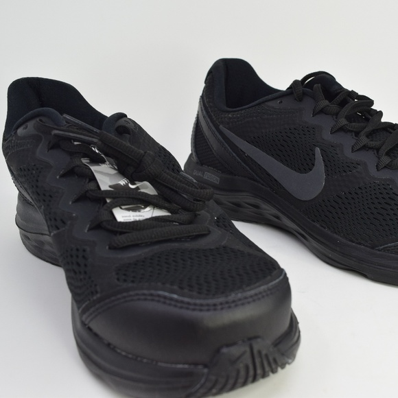 4d3cd0047d28 Nike Dual Fusion Run 3 Black Black 653594-020 8.5